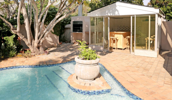 Swimming Pool Port Elizabeth Guest House 13 Newington Placeport Elizabeth Guest House 13